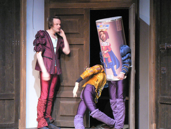 Shakespeares sämtliche Werke, Regie: Nicole Claudia Weber, Foto: Helge Bauer