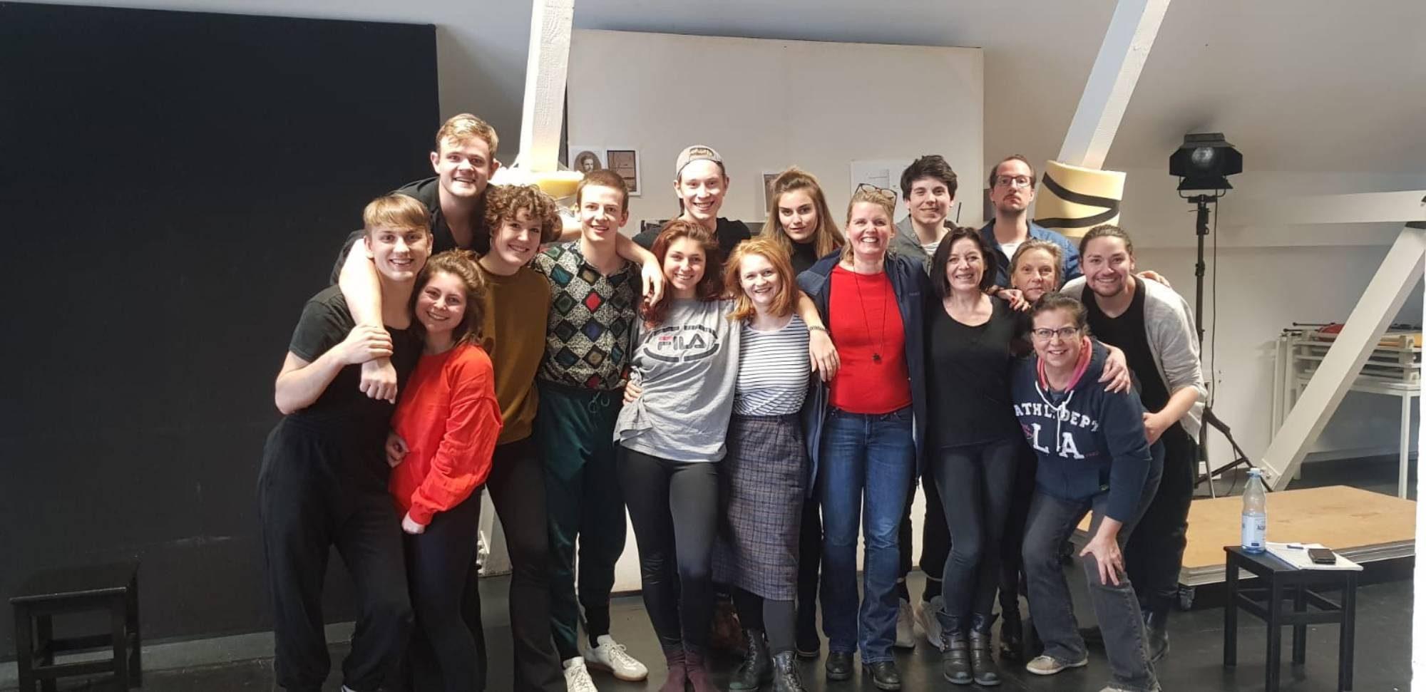 Studierende Folkwang Universität der Künste, mit Patti Martin(musik.Leitung), Natalie Holtom(Choreographie)